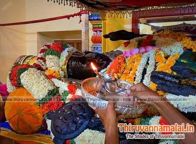 athi varadar aarthi images